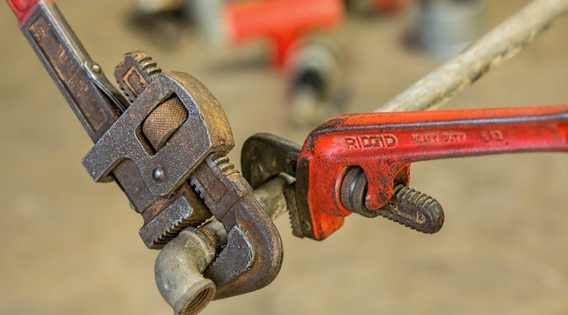 plumbing-585658_1920