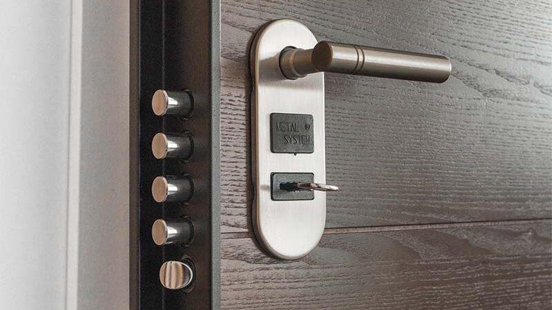 puerta-con-cerradura